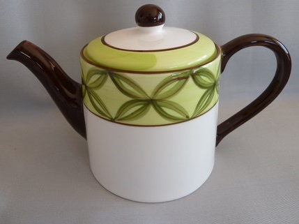plate - Large Teapot and matching plate Studio10