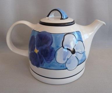 Cottage Garden Teapot Temuka10