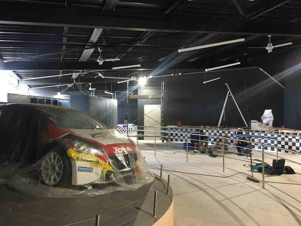 Sébastien Loeb Racing Xperience (pavillon 360°) · avril 2018 - Page 9 Dh_slr12