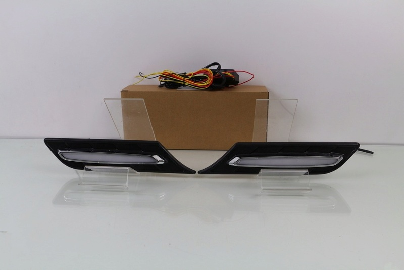 LED INDICATOR/DRL SIDE GARNISH/VENT Htb1go10