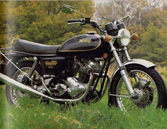 Royal Enfield bicylindre .... - Page 2 Norton12