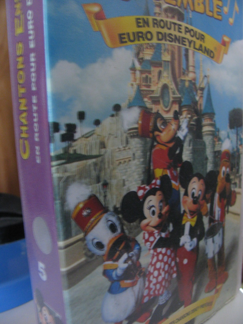 "Collection VHS ""Chantons Ensemble"" Img_1710"
