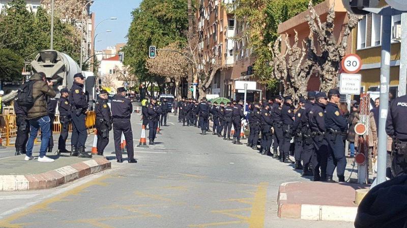 el AVE quizá llegará soterrado a Murcia pero la impunidad política camina por la superficie. - Página 7 27798010