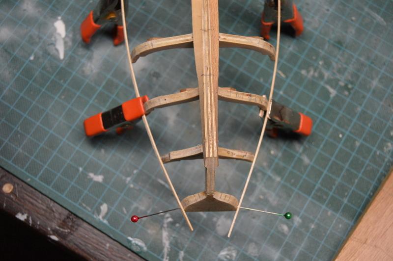 Débutant première construction Jolly boat HMS Bounty  - Page 7 Dsc_0524