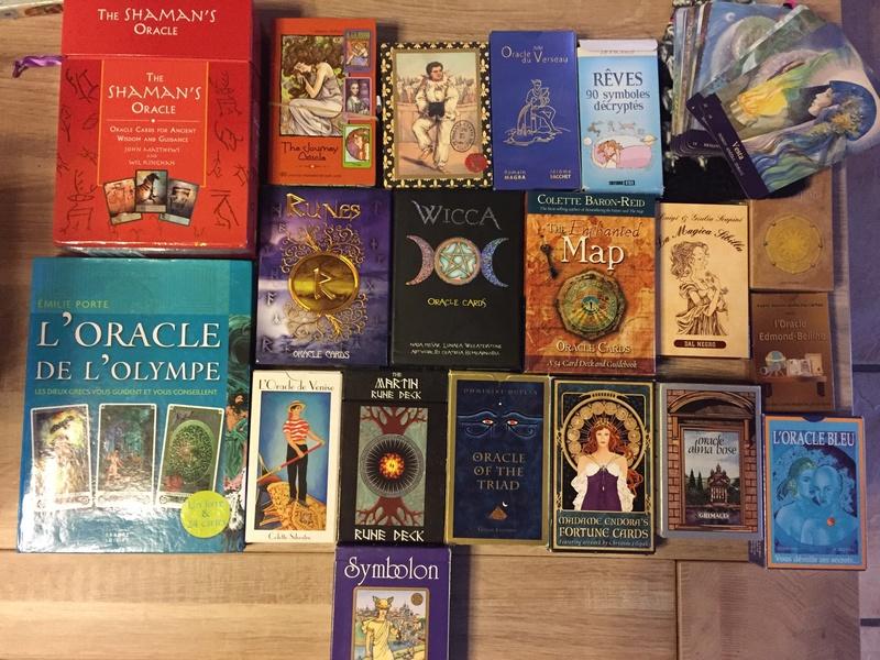 Je vends ma collection d'oracles et tarots Img_2312