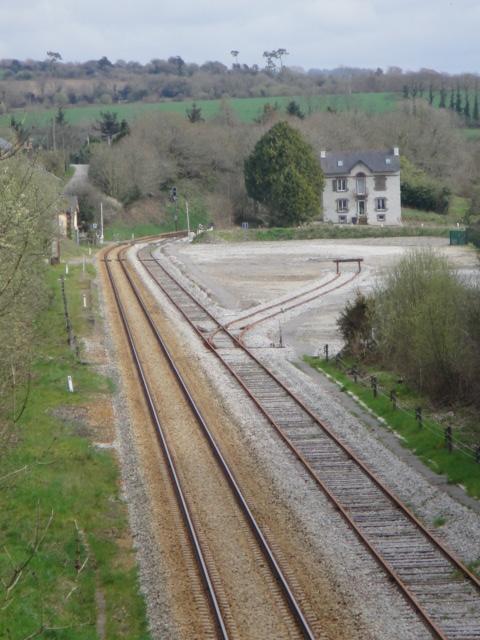 Hanvec passage de l'unique TER Brest Quimper samedi 7 avril Dsc00416