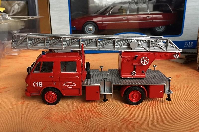 """2011 - Hachette Collections > """"Camions et véhicules de Sapeurs Pompiers au 1/43"""" >> 2014 - Page 2 26236210"""