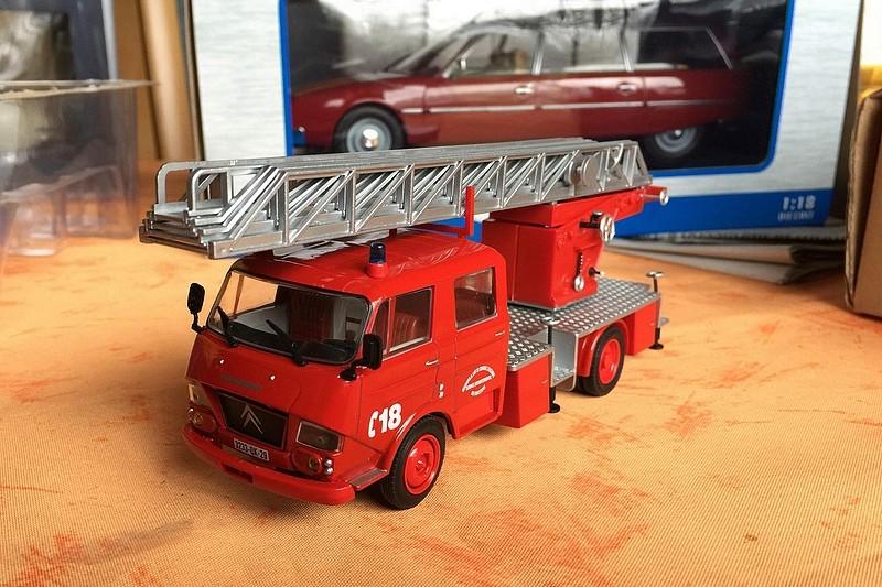 """2011 - Hachette Collections > """"Camions et véhicules de Sapeurs Pompiers au 1/43"""" >> 2014 - Page 2 26237610"""