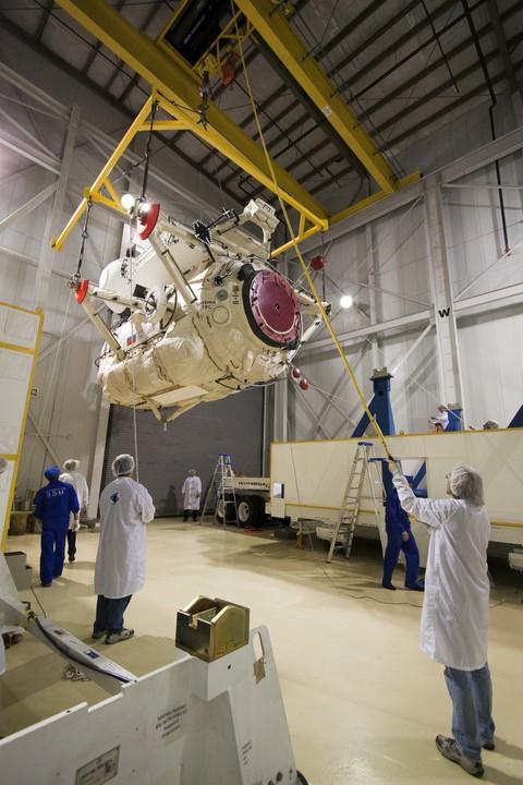 [STS-132] Atlantis : préparatifs (lancement prévu le 14/05/2010) - Page 2 Mrm-110