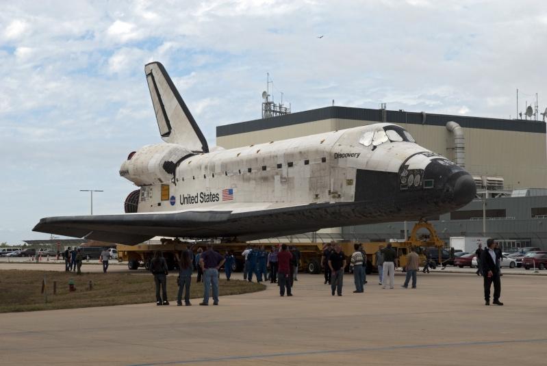 [STS-131] Discovery : préparatifs - Page 2 Roll_d13