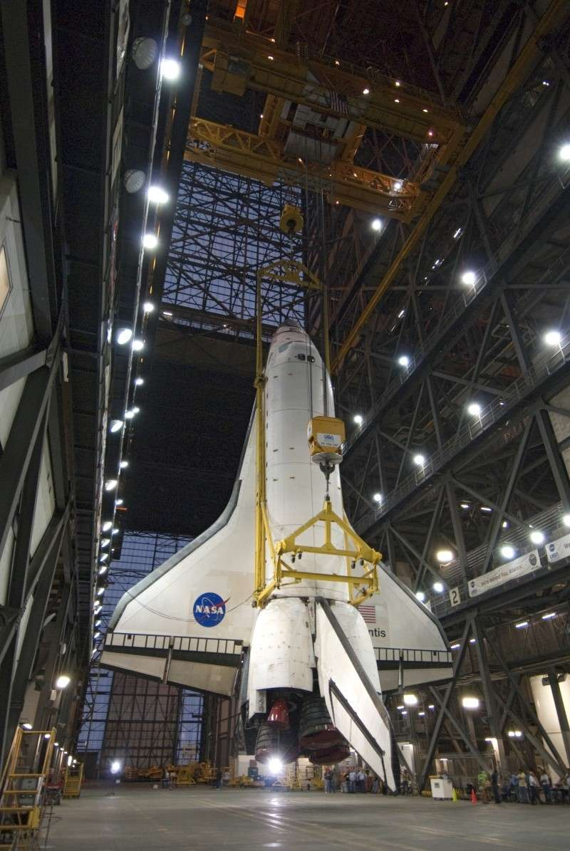 [STS-132] Atlantis : préparatifs (lancement prévu le 14/05/2010) - Page 3 Roll_v13