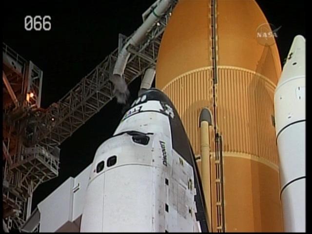 [STS-131 /ISS19A] Discovery fil dédié au lancement (05/04/2010) - Page 11 Vlcsna12