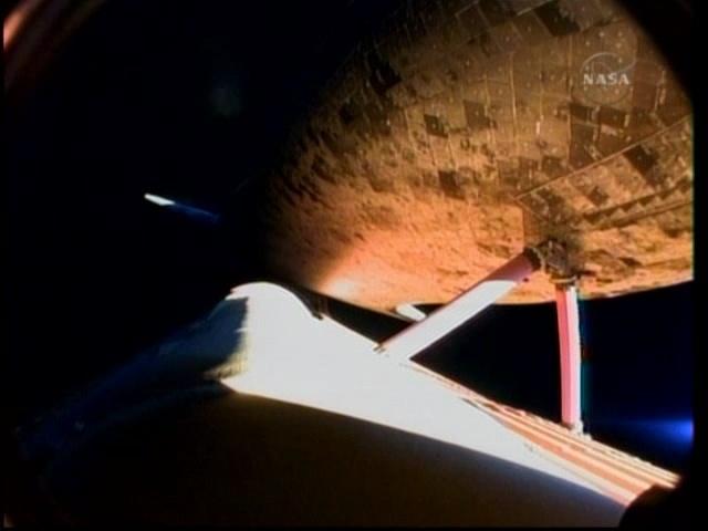 [STS-131 /ISS19A] Discovery fil dédié au lancement (05/04/2010) - Page 16 Vlcsna16