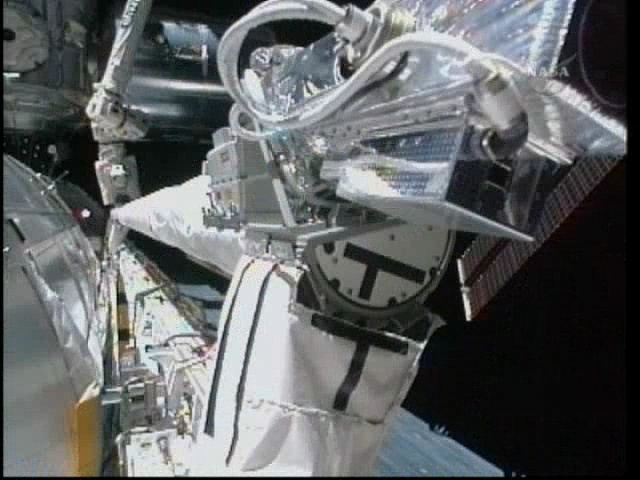 [STS-131 / ISS19A] Discovery : déroulement de la mission - Page 5 Vlcsna19