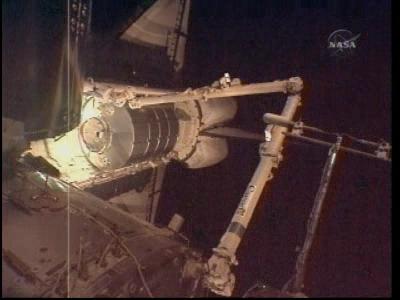 [STS-131 / ISS19A] Discovery : déroulement de la mission - Page 4 Vlcsna36