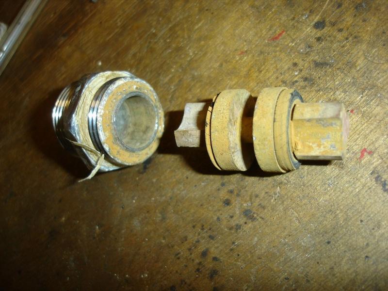 (tentative de) restauration robinet baignoire.. (fait..!) Dsc01216