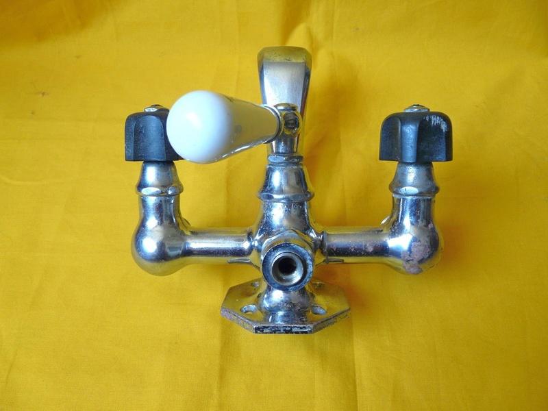 (tentative de) restauration robinet baignoire.. (fait..!) Robine11