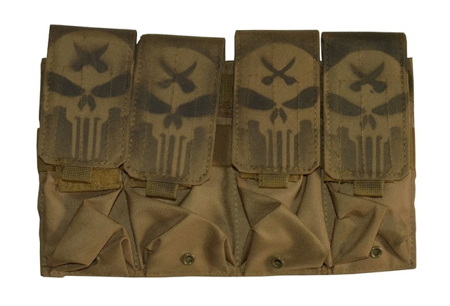Iraqi pouch with Punisher  Dsc_0812
