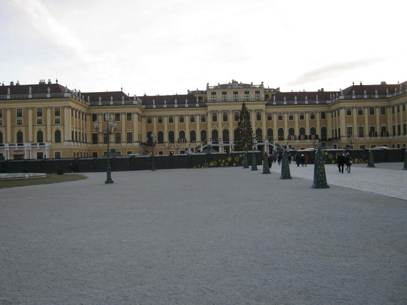 Le palais de Schönbrunn - Page 4 Img_1548