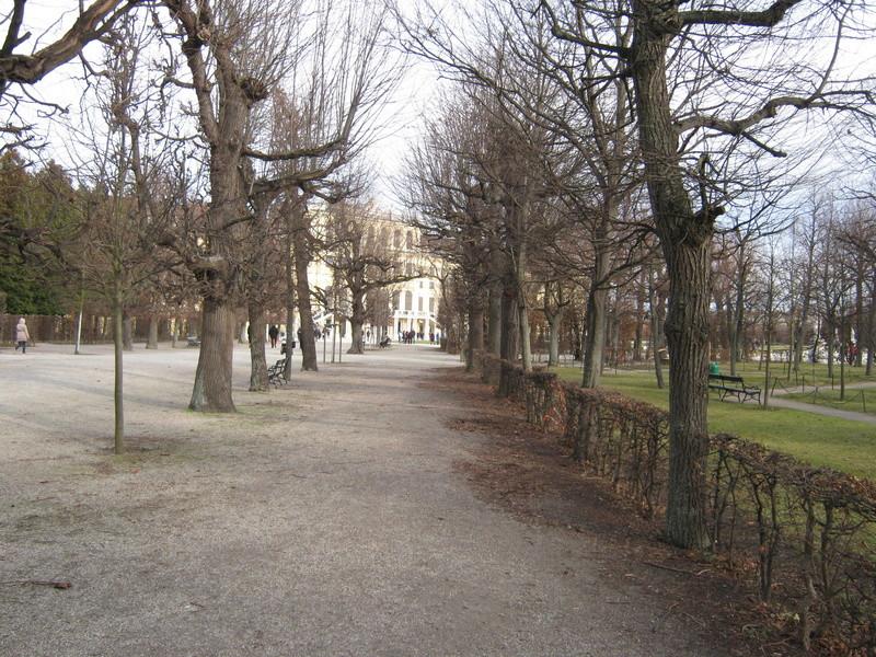 Le palais de Schönbrunn - Page 4 Img_1549