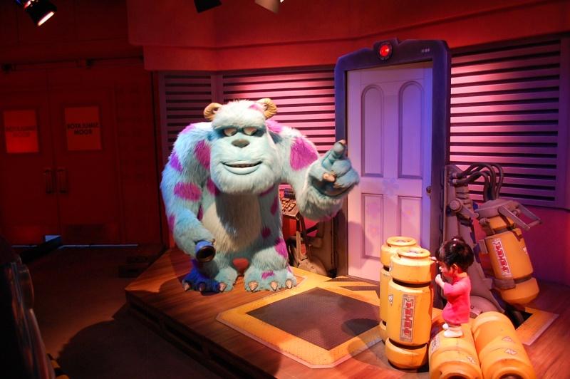 [Tokyo Disneyland] Monsters, Inc. Ride & Go Seek! (2009) - Page 3 Dsc_0110