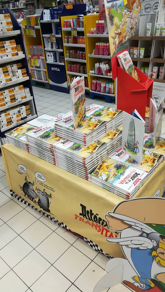 Carrefour - Mise en place PLV Transitalique Transi11