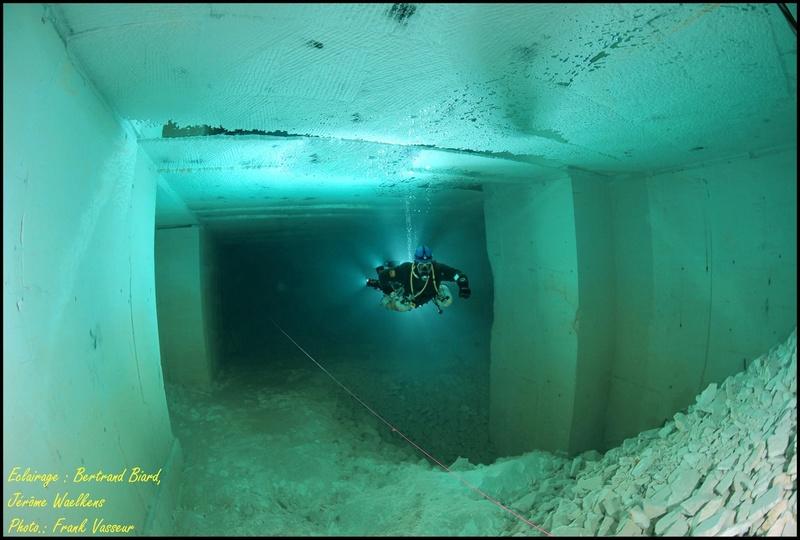 Plongée souterraine dans une mine abandonnée au sud ouest de la France Memes410