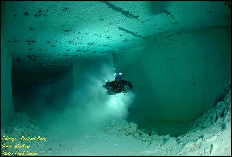Plongée souterraine dans une mine abandonnée au sud ouest de la France Memes610