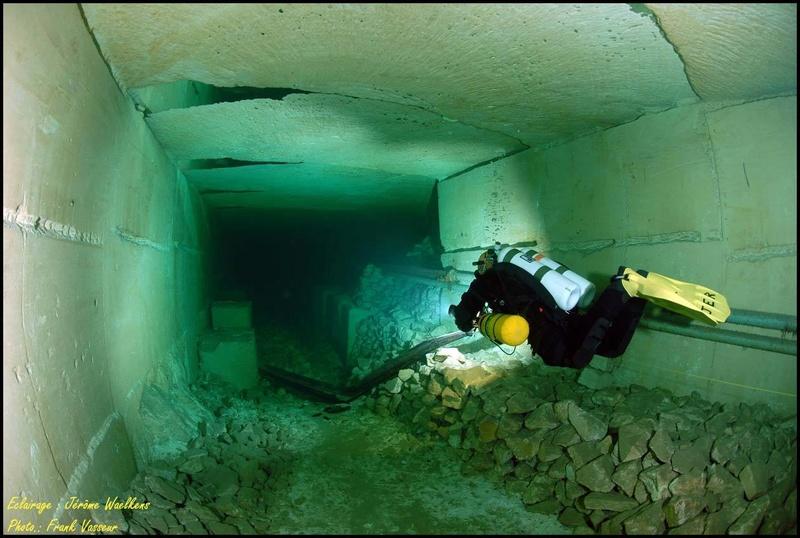 Plongée souterraine dans une mine abandonnée au sud ouest de la France Memes710