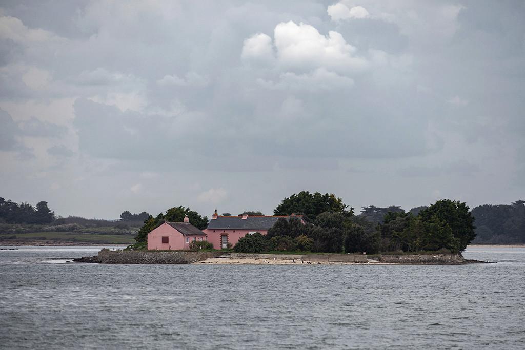 C'est une maison rose ... Img_4618