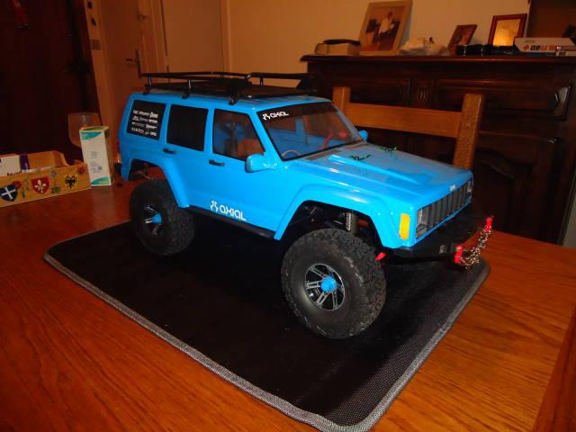 SCX10 II Jeep Cherokee de Jean-Pierre - Page 2 Dsc01341