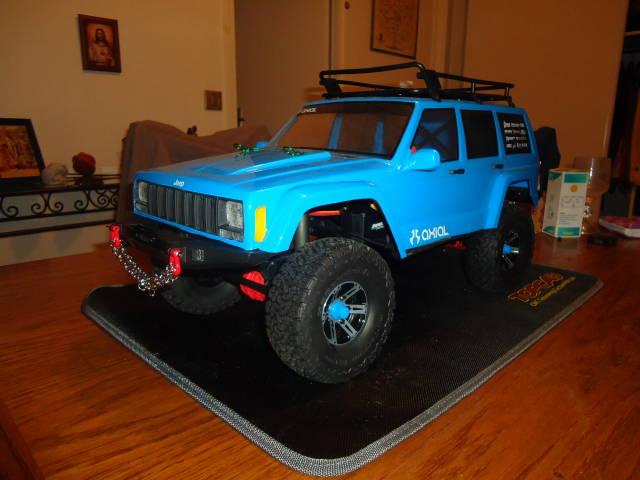 SCX10 II Jeep Cherokee de Jean-Pierre - Page 3 Dsc01345