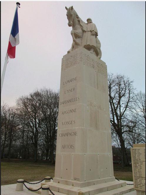 [ Histoires et histoire ] Monuments aux morts originaux Français Tome 2 - Page 5 Captur35