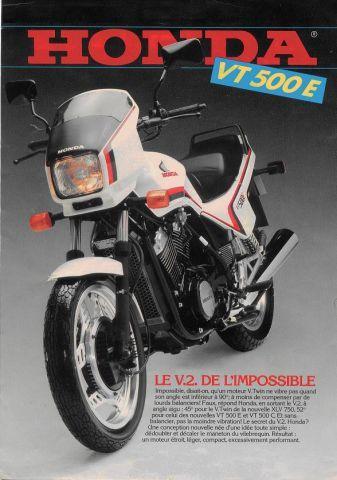 Prospectus de publicité de la Honda VT500E (d'époque) Forum010