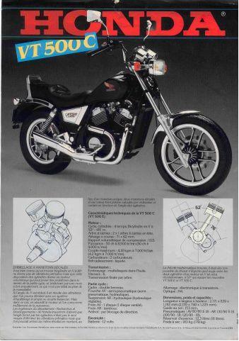 Prospectus de publicité de la Honda VT500E (d'époque) Forum011