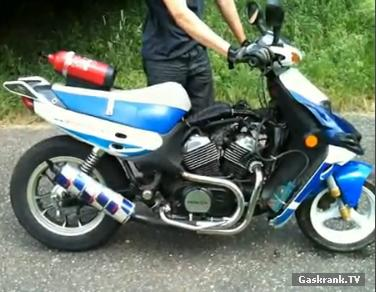 Quelle moto pour rouler a 80 km/h Scoote10