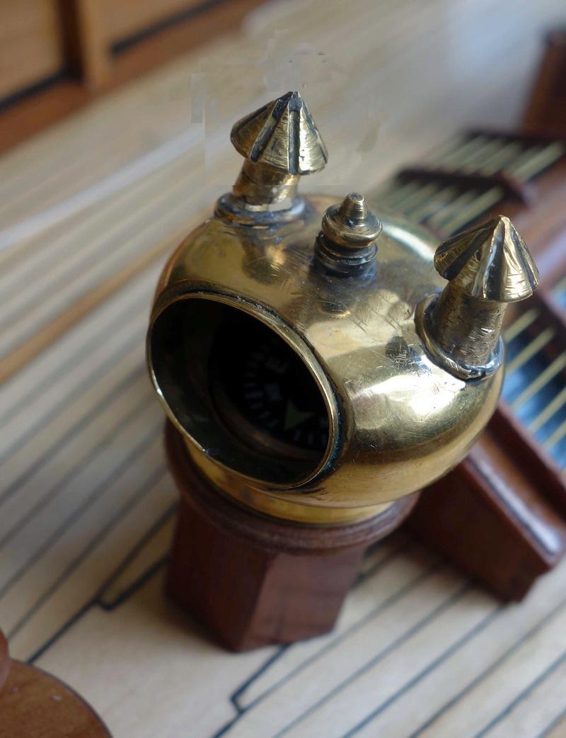 Pour les amateurs de voiles classiques Compas11