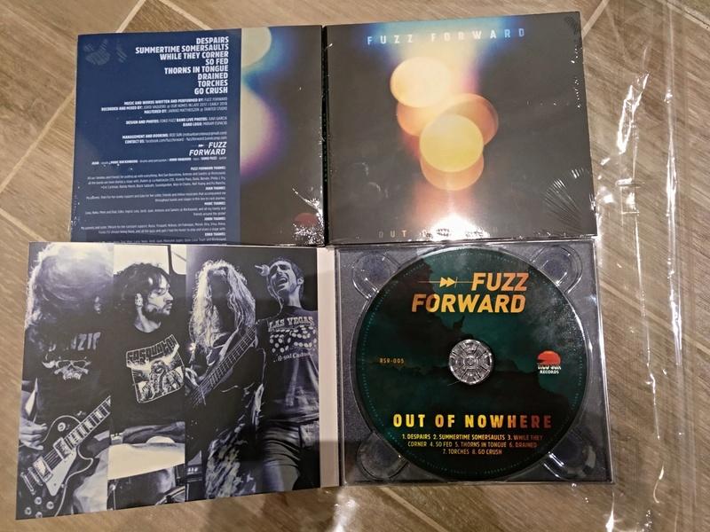 "Fuzz Forward ""Revolve""  nuevo ep!! - Página 2 28516110"
