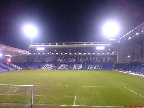 Stades de football dans Google Earth - Page 16 33230010