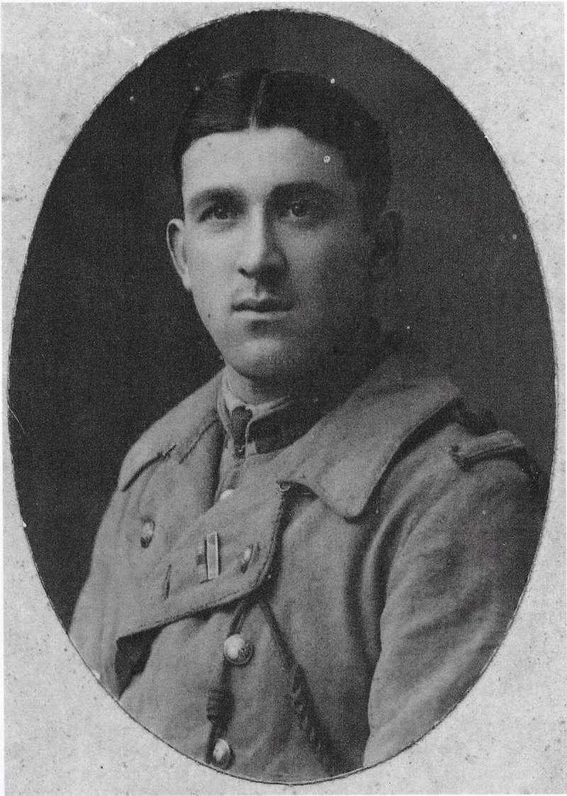 Un petit soldat de la grande guerre : portrait retouché. - Page 17 Chivot11
