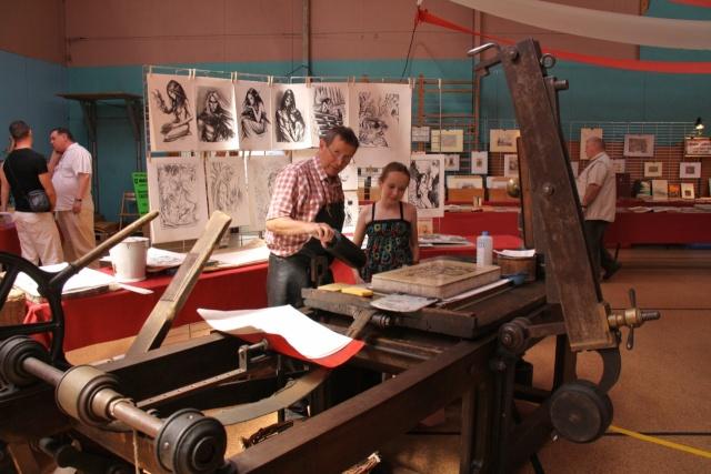 Tom Barocco ,lithographe , au 10ème salon du livre régional de Marlenheim 5 et 6 juin 2010 Img_9510