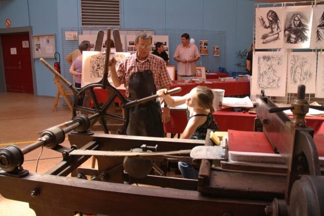Tom Barocco ,lithographe , au 10ème salon du livre régional de Marlenheim 5 et 6 juin 2010 Img_9521