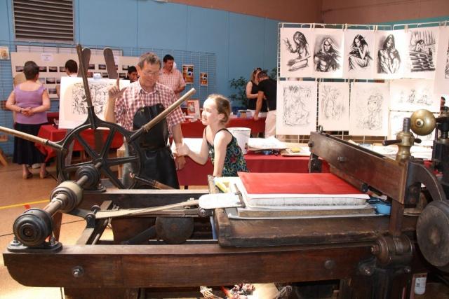 Tom Barocco ,lithographe , au 10ème salon du livre régional de Marlenheim 5 et 6 juin 2010 Img_9523
