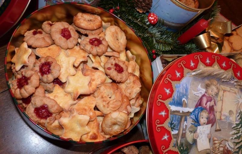 Petits gâteaux de Noël alsaciens - Page 2 P1020011