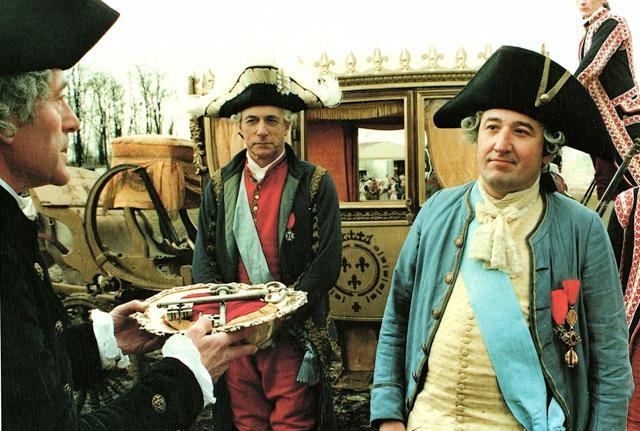 """""""Versailles"""", série historique coproduite par Canal + - Page 2 16_jui10"""