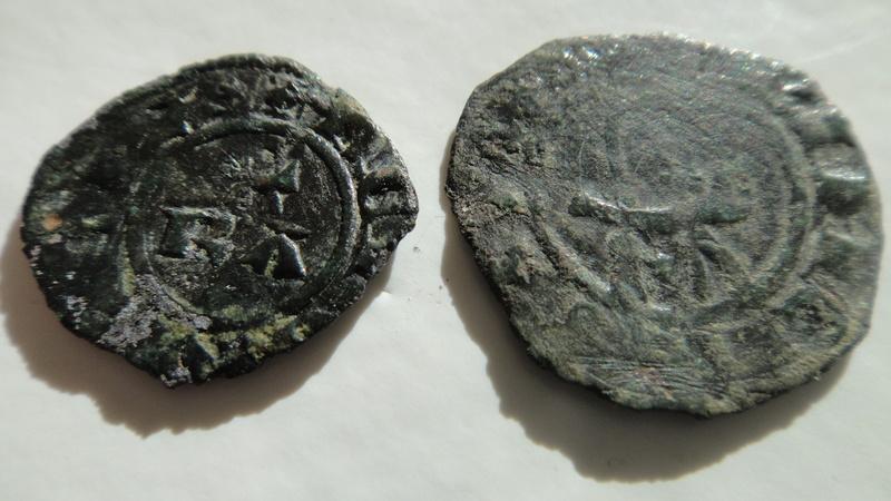 Principauté d ' Orange (Denier ou Obole ) ?? Raymond III  (1335-1340) Dsc04524