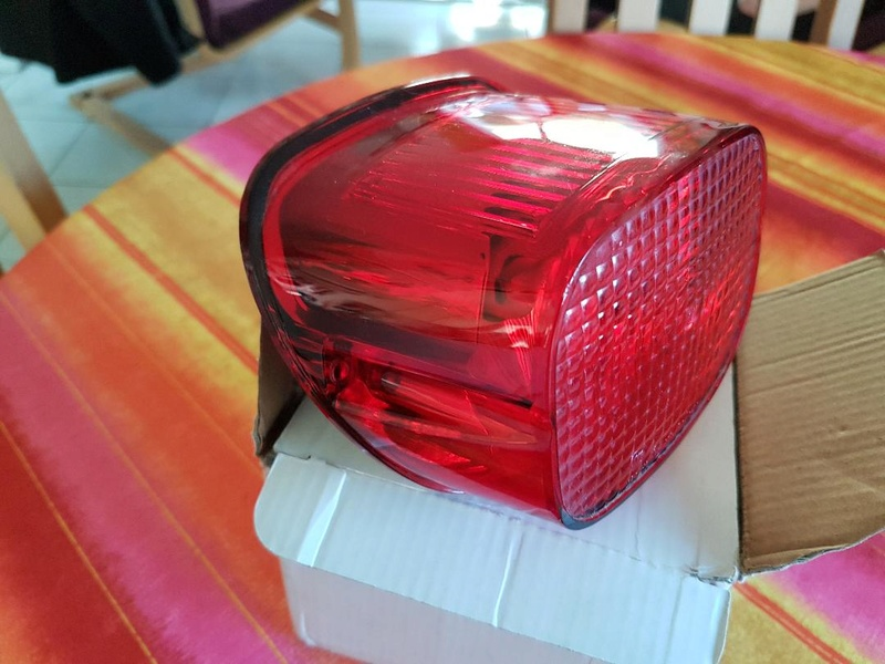 Cabochon arrière complet avec ampoule Thumbn11