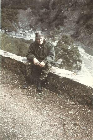 Hommage à l'Adjudan-Chef Jean-Pierre MARCEL , ancien combattant d'Algérie en AFN . Jean-p11