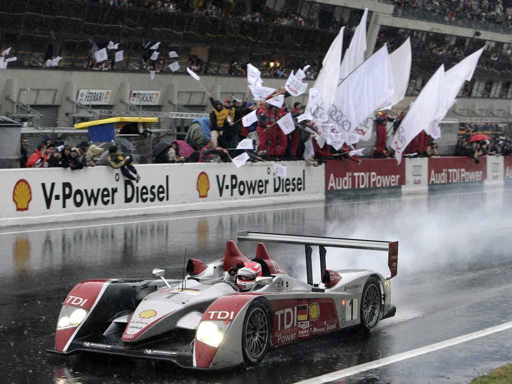 Presentazione Squadra ufficiale Javavirtualdrive  3 H di Le Mans Audi_r10