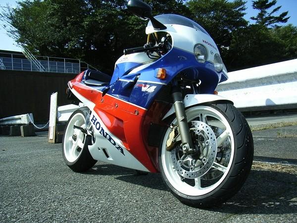 Honda RC 30 - Page 3 07100711